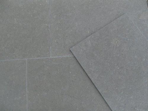 Kalkstein Pacific dark SONAT 557 gebürstet oder poliert