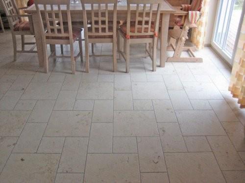 Jura Kalkstein, gelb, sandgestrahlt und gebürstet, Esszimmer