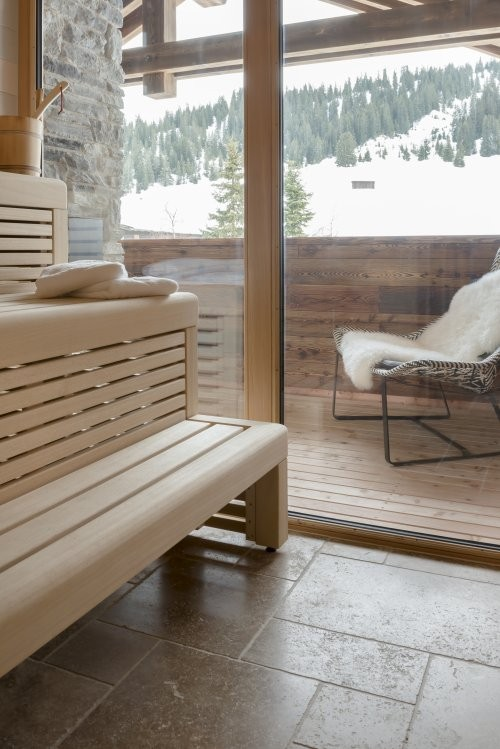 Saunabereich Naturstein Noce Travertin, getrommelt