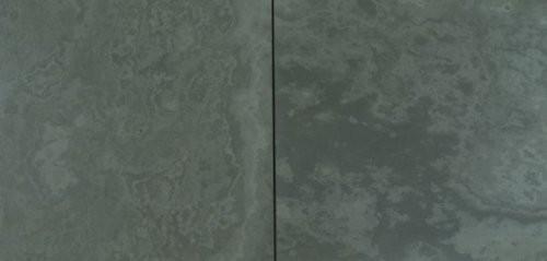 Nahaufnahme Oberfläche feingeschliffen des Schiefer Jade grau
