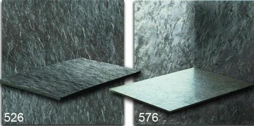 Otta Phyllit Formatplatte im Vergleich der spaltrauen und feingeschliffenen Oberfläche