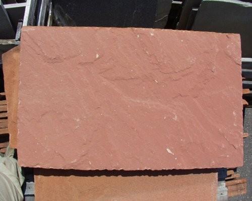 Formatplatte aus Sandstein rot, spaltraue Oberfläche