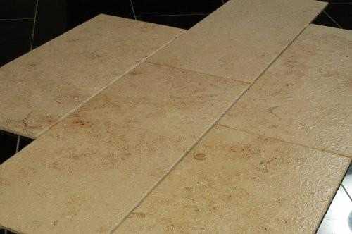 Jura Kalkstein, gelb, sandgestrahlt und gebürstet