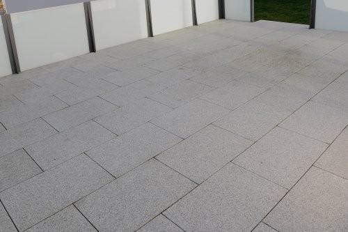 Granit weiß-grau, Terrasse