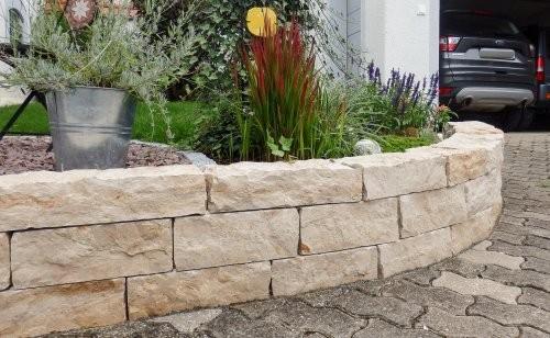 SONAT S212, Jura Mauersteine, beige, gesägt und gespalten, Garten