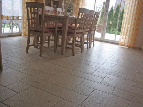 Jura Kalkstein, gelb, sandgestrahlt und gebürstet, Esszimmer Boden