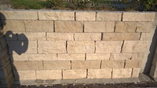 SONAT S212, Jura Mauersteine, beige, gesägt und gespalten