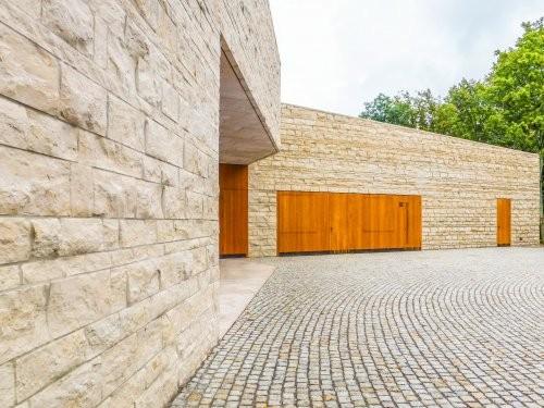 SONAT 222, Jura Kalkstein beige, Fassade