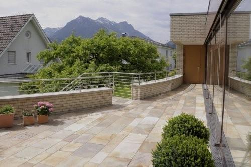 Balkon aus Quarzit Santana