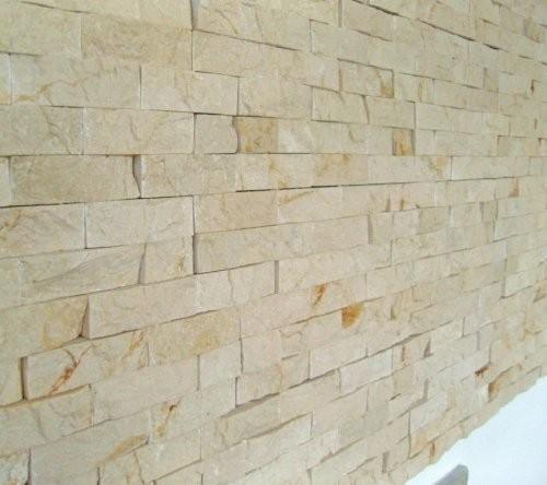 Wandverkleidung aus Kalkstein beige cremefarben