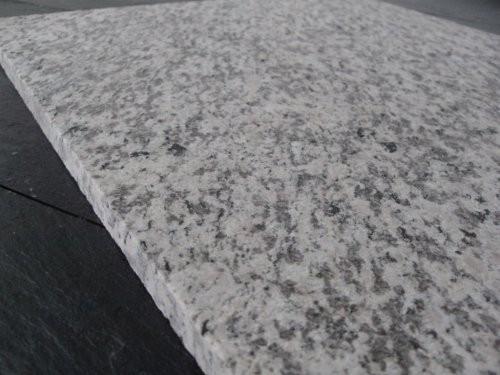 SONAT 270 Granit weiß-grau-rosé, Nahaufnahme Format