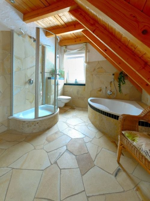Quarry rough Solnhofener natural stone offers high slip resistance in the bathroom