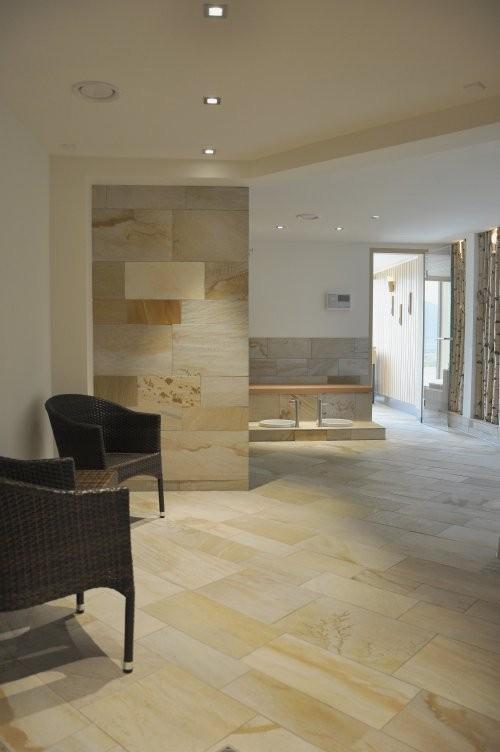 Wand- und Bodenplatten