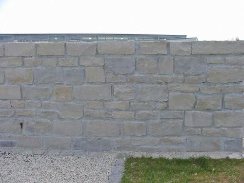 SONAT 212, Jura Mauersteine, beige, gespalten
