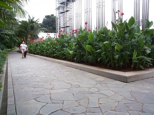 Polygonalplatten Außenbereich Alta Quarzit, Oberfläche spaltrau